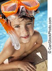 pojke, snorkel, goggles, lycklig, slå samman, simning