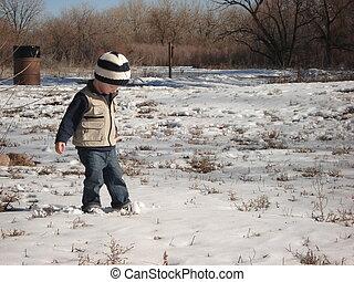 pojke, vandrande, ung, snö
