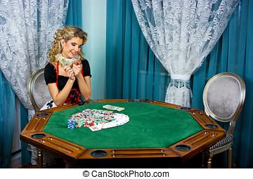 Poker girl won money - Blonde poker girl won a lot of money