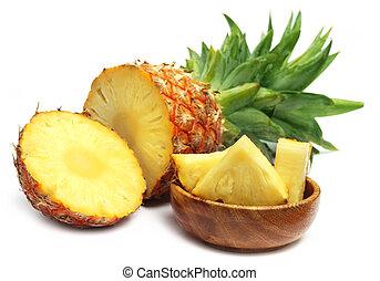 pokrojony, ananas