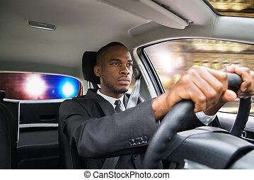 polícia, dirigindo, car, perseguido, enquanto, homem negócios