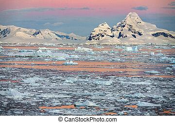 Polar Landscape - Antarctic Peninsula - Antarctica