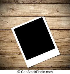 polaroid, op, groot, bruine , hout, plank, muur, textuur, achtergrond