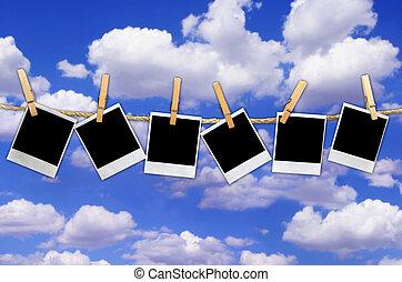 polaroidkamera, på, sky, bakgrund
