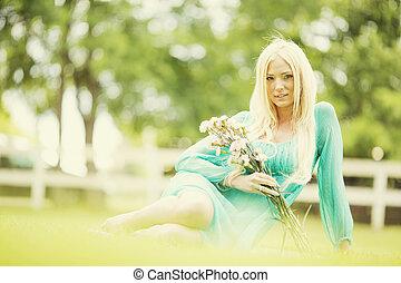 pole, kobieta, młody, blond
