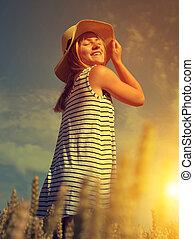 pole, kobieta, pszenica, kapelusz
