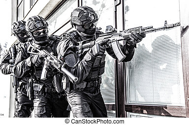 Police counter terrorist team squad storming building - ...