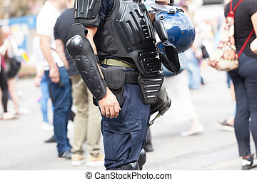 Police officer. Counter-terrorism.