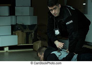 polis officerare, arrestera, brottsling