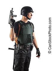 polis officerare, in, kropp, pansar, är, holdingen, a, gun., isolerat, på, white.