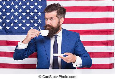 politicien, flag., barbu, campagne, reform, juillet, boisson, usa, café, country., citoyen, homme, américain, education, cup., tribune., election., rightful, boire, élection, sien, 4.