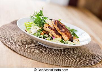 pollo,  caesar, insalata
