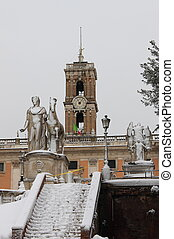 Pollux statue under snow - Pollux statue in Rome under snow