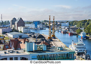 polonia, kolobrzeg, puerto marítimo