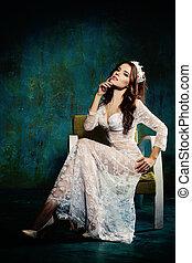 poltrona, mulher, modelo moda, sentando