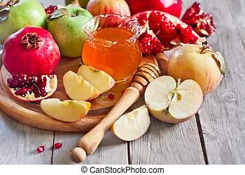 Pomegranate, apples and honey - Pomegranate, apple and...