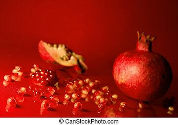Pomegranate - Scattered pomegranate seeds