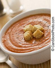 pomidorowa zupa, puchar, croutons