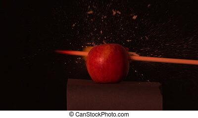 pomme, par, flèche, tir, rouges