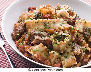 pomodoro, chilli, striscie, trompetti, filetto, pasta, bistecca, salsa
