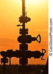 pompa olio, su, arancia, tramonto