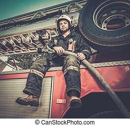 pompiere, camion acqua, tubo, seduta, antincendio