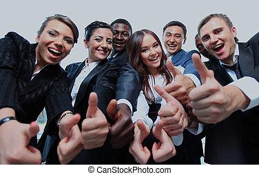 pomyślny, handlowy zaludniają, z, kciuki do góry, i, uśmiechanie się