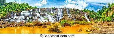 Pongour waterfall - Beautiful Pongour waterfall in Vietnam....