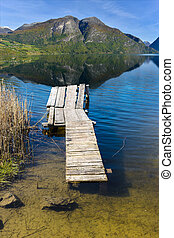pont bois, lac, montagnes