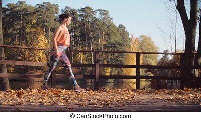 pont, danse femme, jeune, séduisant, seul
