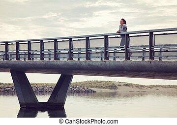 pont, femme