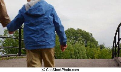 pont, marche, famille
