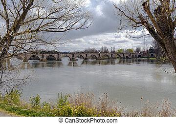 pont, pierre, sur, river., douro, zamora