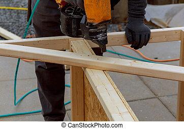 pont, plancher, ouvrier, installation, bois, patio, marteler