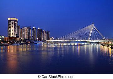 pont, scène urbaine, nuit