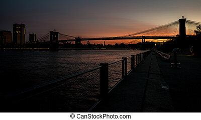 pont, silhouette, reflet, eau, brooklyn, levers de soleil