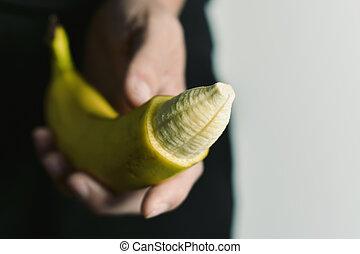ponta, pele banana, removido, seu, homem