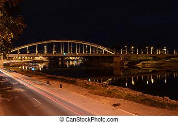 ponte, à noite, em, szeged, hungary.