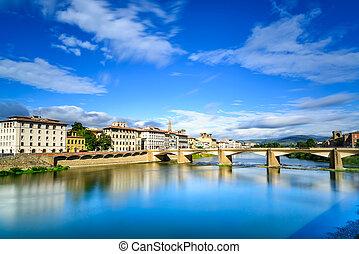 ponte, alle, grazie, puente, en, arno río, ocaso, paisaje., florencia, o, firenze, italy.