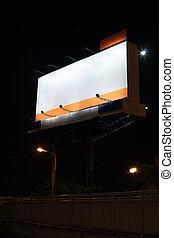 ponte, concetto, annuncio pubblicitario, pedone, esterno, media, vuoto, tabellone, casa, fuori, spazio, comunicazione, sopra, bianco, principale, attraverso, vuoto, road., fondo, pubblicità, informazioni, massa, notte, mostra
