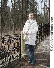 ponte, mulher, parque, jovem