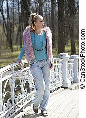 ponte, mulher, primavera, parque, jovem, cedo, luminoso, roupas