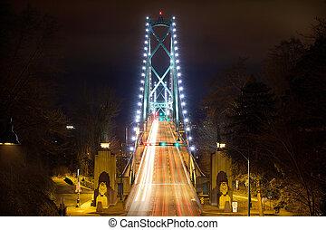 ponte portão leões, entrada, à noite