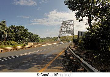 ponte, sopra, fiume, arco, mtamvuma