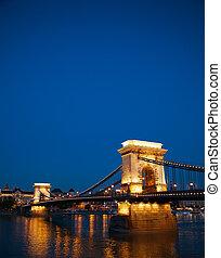 ponte, szechenyi, budapest, catena, ungheria