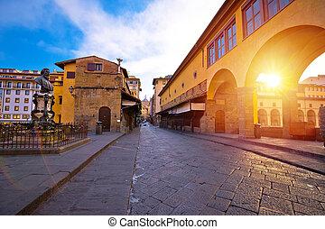 Ponte Vecchio bridge in Florence at sunrise view