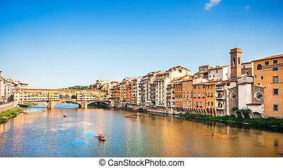 ponte vecchio, con, río arno, en, ocaso, florencia, italia