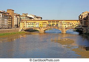 ponte vecchio, en, ocaso, florencia, italia