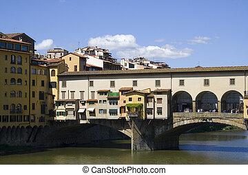 Ponte Vecchio medieval bridge.