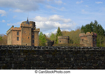 Pontgibaud castle 02
